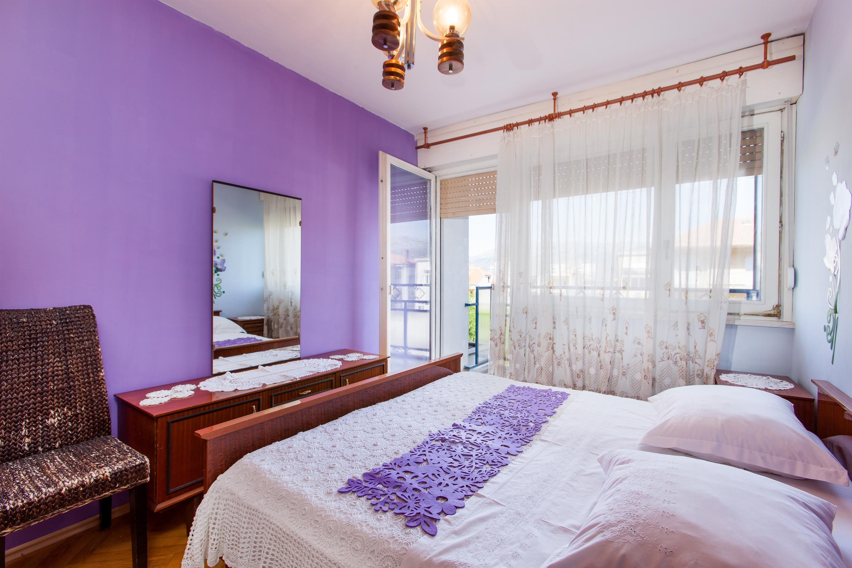 Apartment Split Budget Croatia (8).jpg