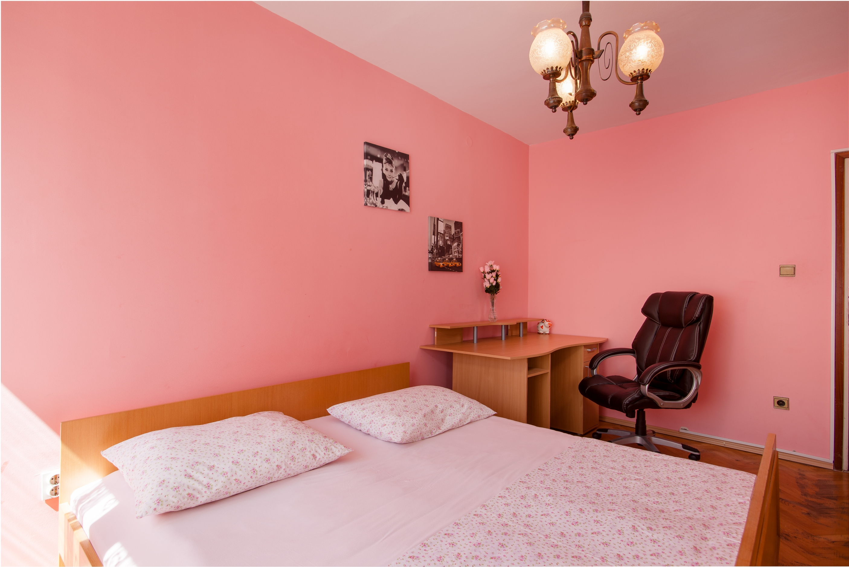 Apartment Split Budget Croatia (12).jpg