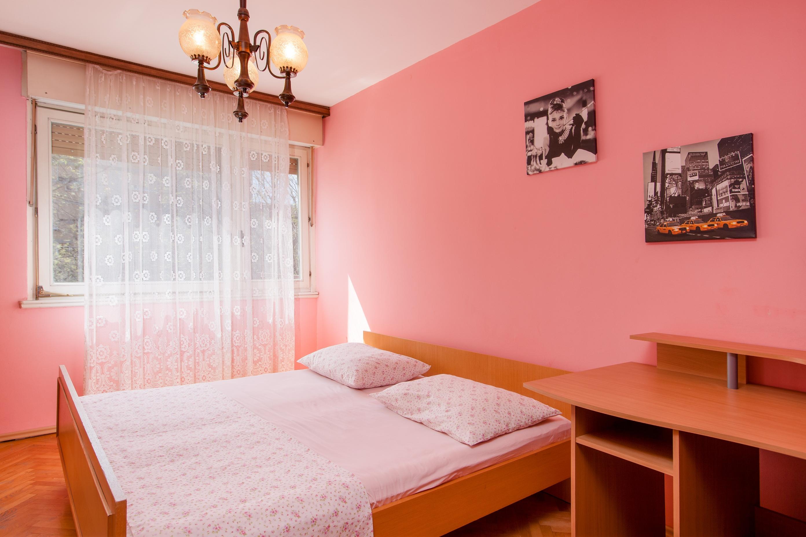 Apartment Split Budget Croatia (11).jpg