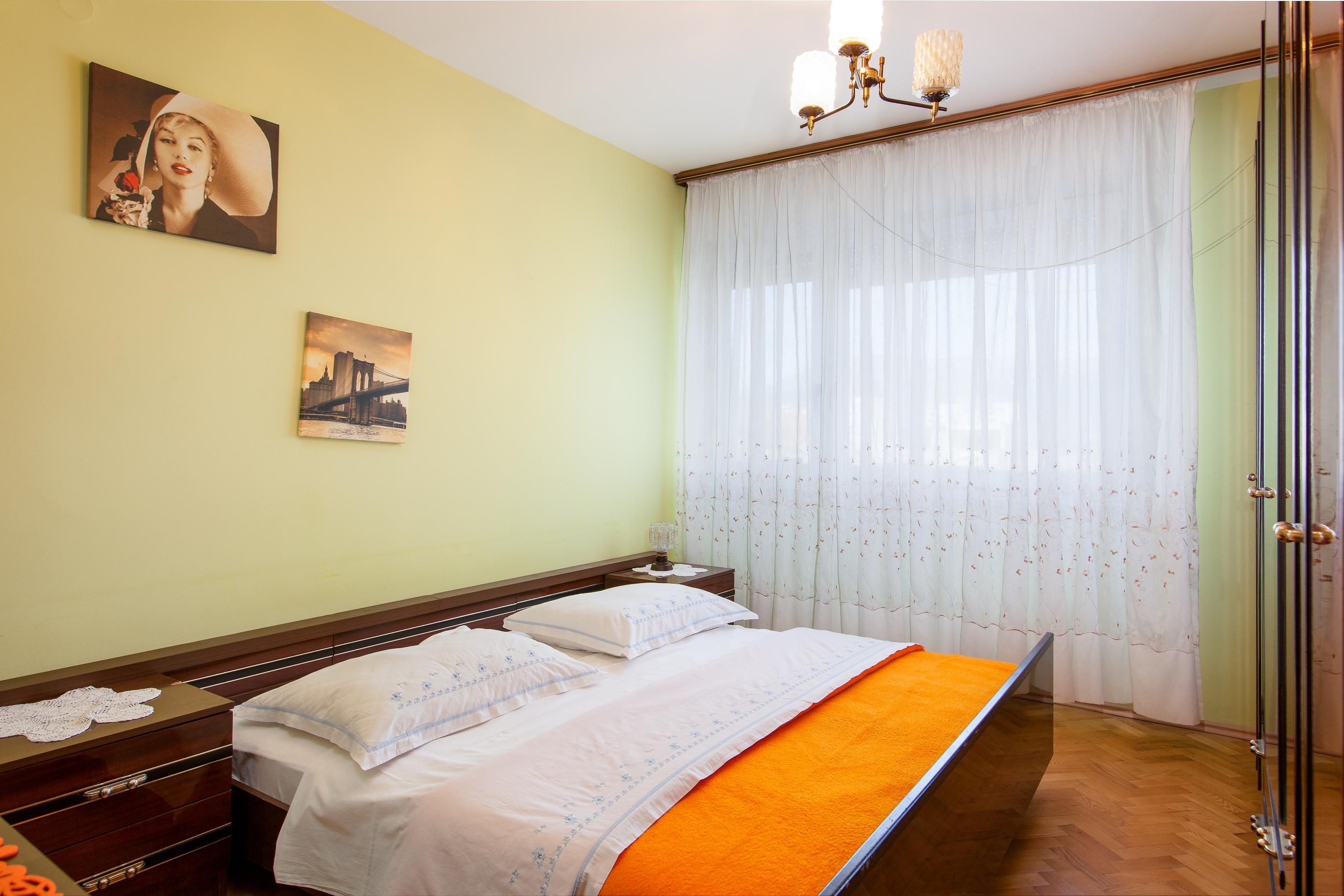 Apartment Split Budget Croatia (9).jpg