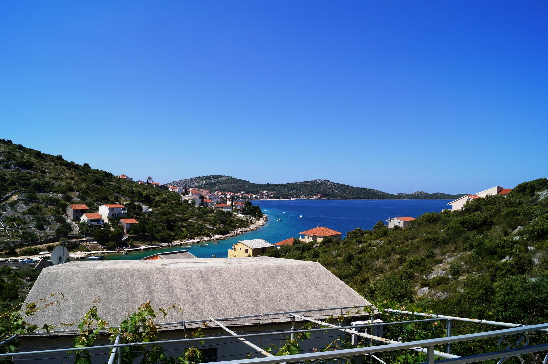 Sea View Apartment Dina Rogoznica (2).JPG