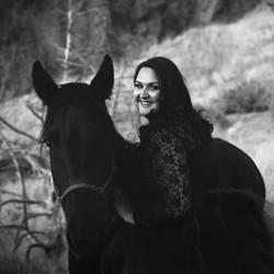 mustang trainer, wild horse trainer