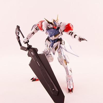 1/100 Barbatos Lupus + Helmwige Reincar Sword