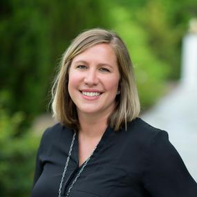 Alex O-Neill ~ Senior Consultant
