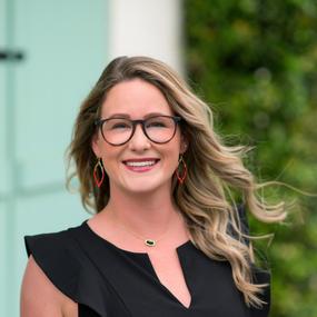 Brooke Soltau ~ Consultant