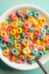 Fruit Loops in milk