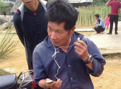 VIETNAM: Hmong Christians Receive Audio Bibles