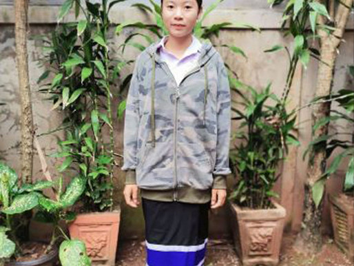 Laos: Laotian Teenager Kicked Out