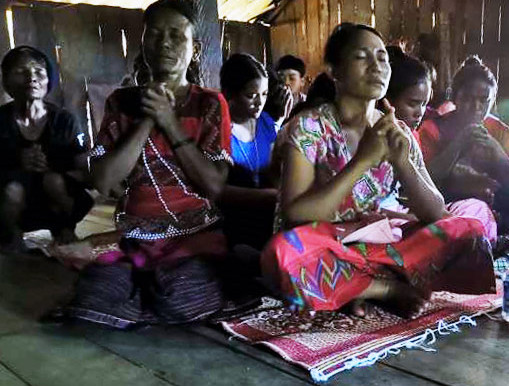 Myanmar: Christ on the Throne