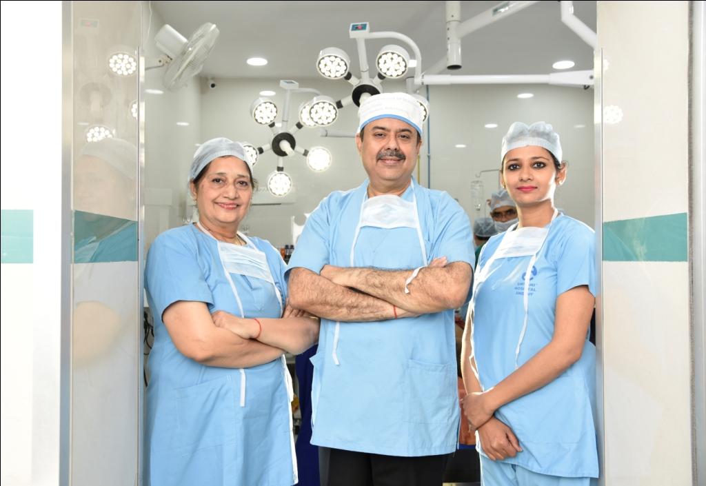 Shiavni_Hospital_team