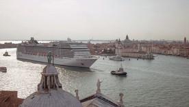 arte /re: WDR: Überleben in Venedig - Einwohner wehren sich gegen den Massentourismus