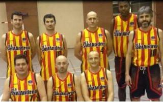 Gran victòria de la U.E. Sant Andreu Veterans contra el tercer classificat