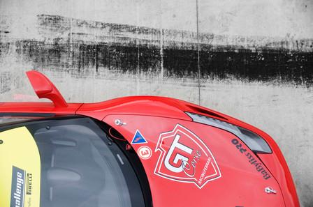 roter Ferrari GT Corse