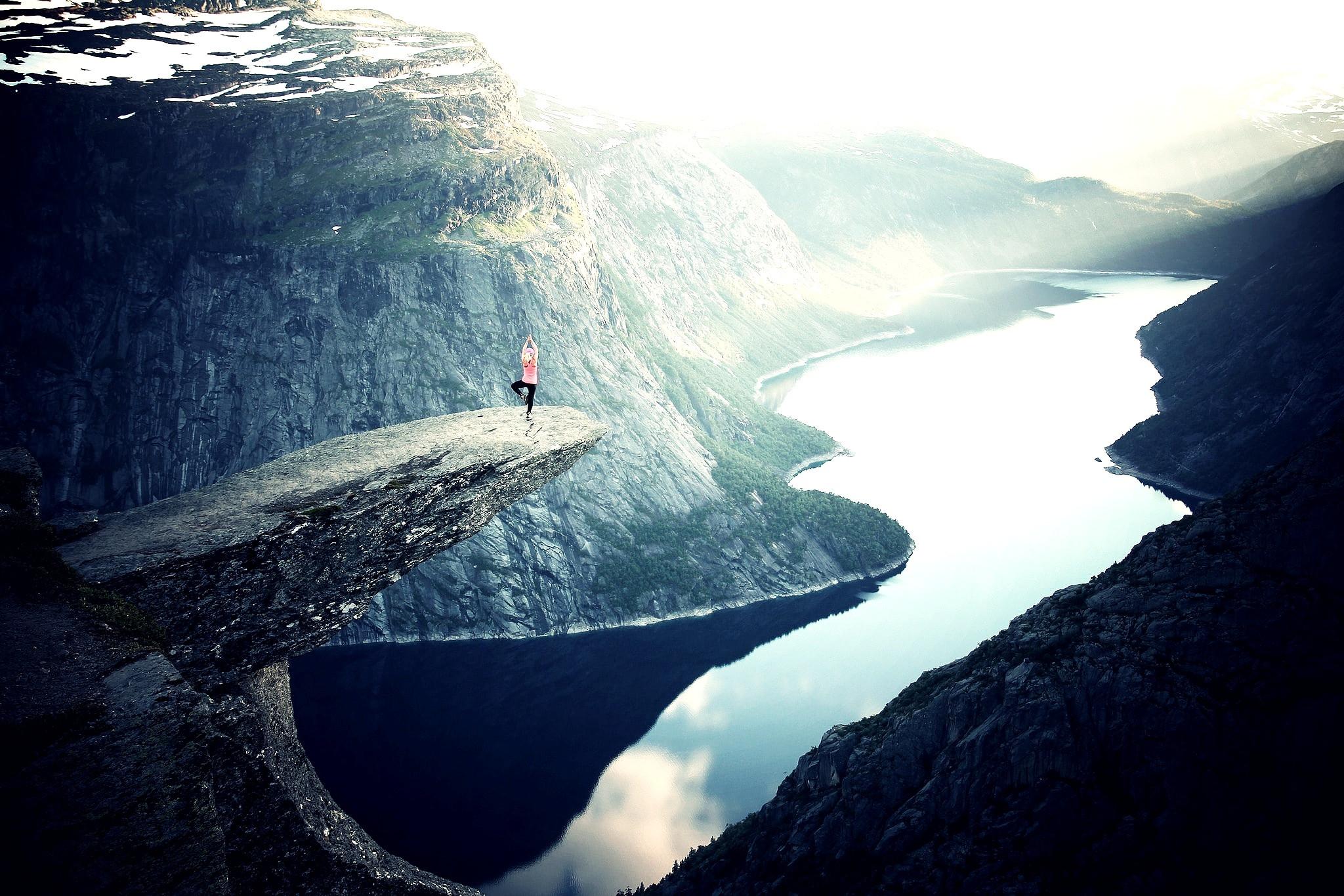 Yoga & Transformative Meditation - Ind.
