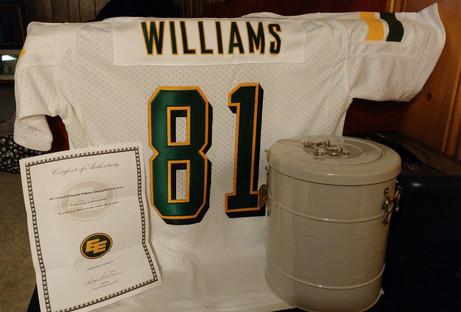 Edmonton Eskimos #81 Slotback D'Haquille Williams autographed home jersey (with certificate of authenticity) donated by the Edmonton Eskimos