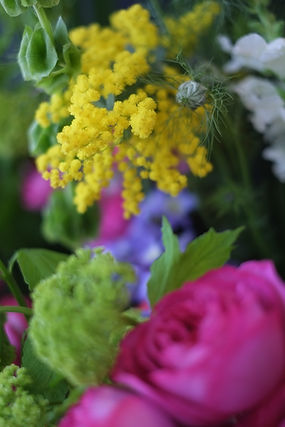flowerdecoration14_edited.JPG
