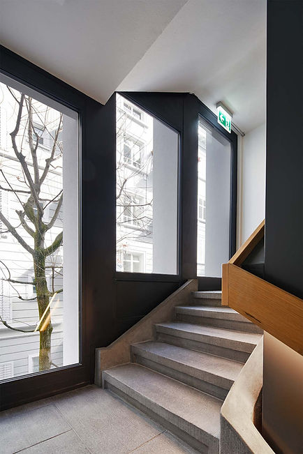 W3A_Josephines_Treppenhaus.jpg