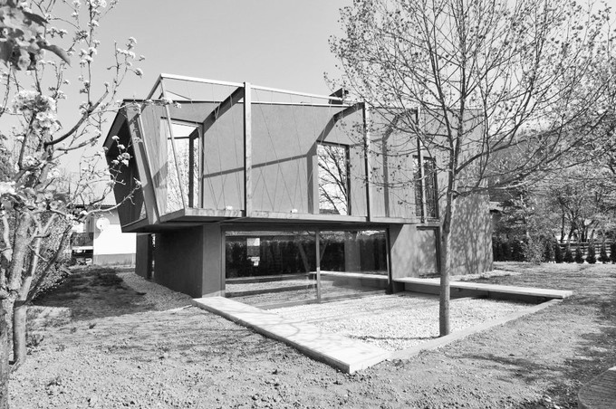 studio db ai timeless house of hanging trees