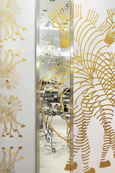 studio db ai art deco fashion boutique golden pattern wallpaper