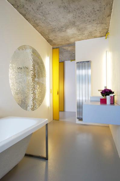 studio db ai atrium interior bathroom design A