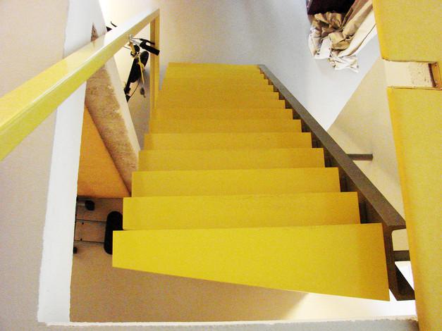 studio db ai luxury house atrium staircase design