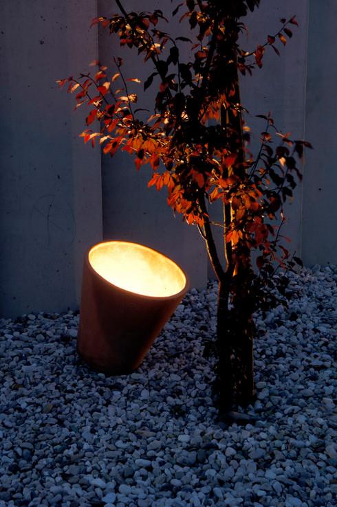 studio db ai atrium garden terracotta light design 1