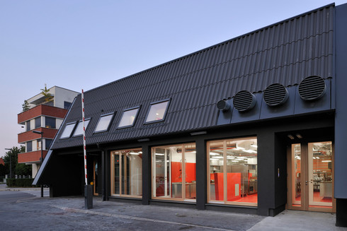 studio db ai School kitchen architecture green school restaurant design