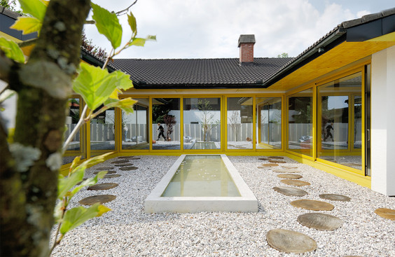 studio db ai luxury house atrium sliding facade design