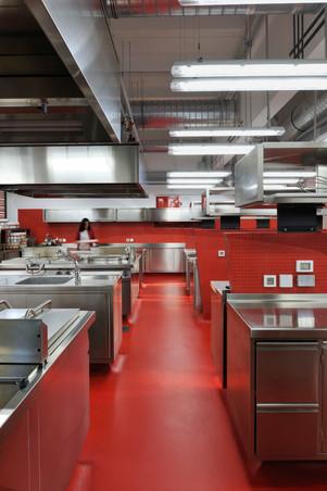 studio db ai School kitchen architecture (15)