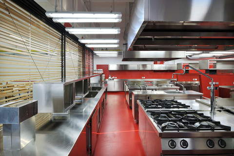 studio db ai School kitchen architecture healthy scool kitchen