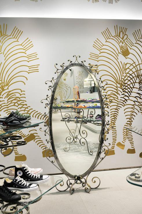 studio db ai art deco fashion boutique art deco big mirror design
