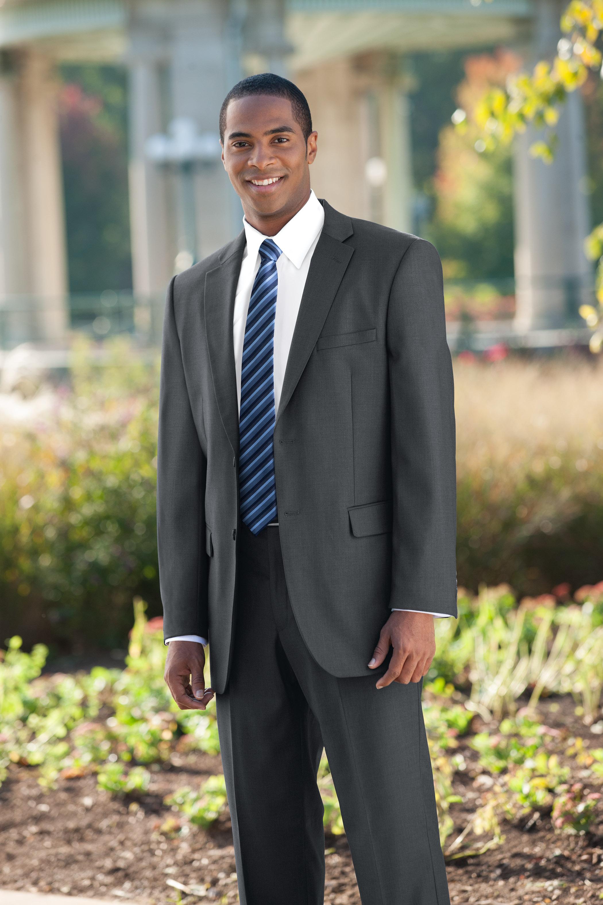 N94_grey_busines_suit