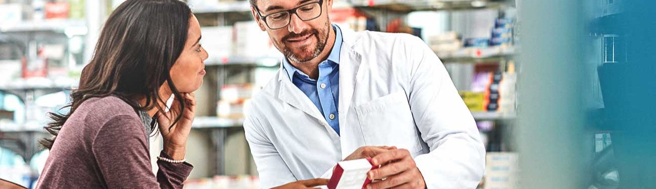 Pharmacist_Helping_Customer_medicationre