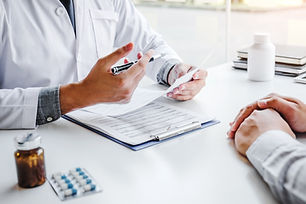 pharmacist_patient_consultation_review_o