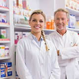 pharmacists_group_team_man_woman_pharmac