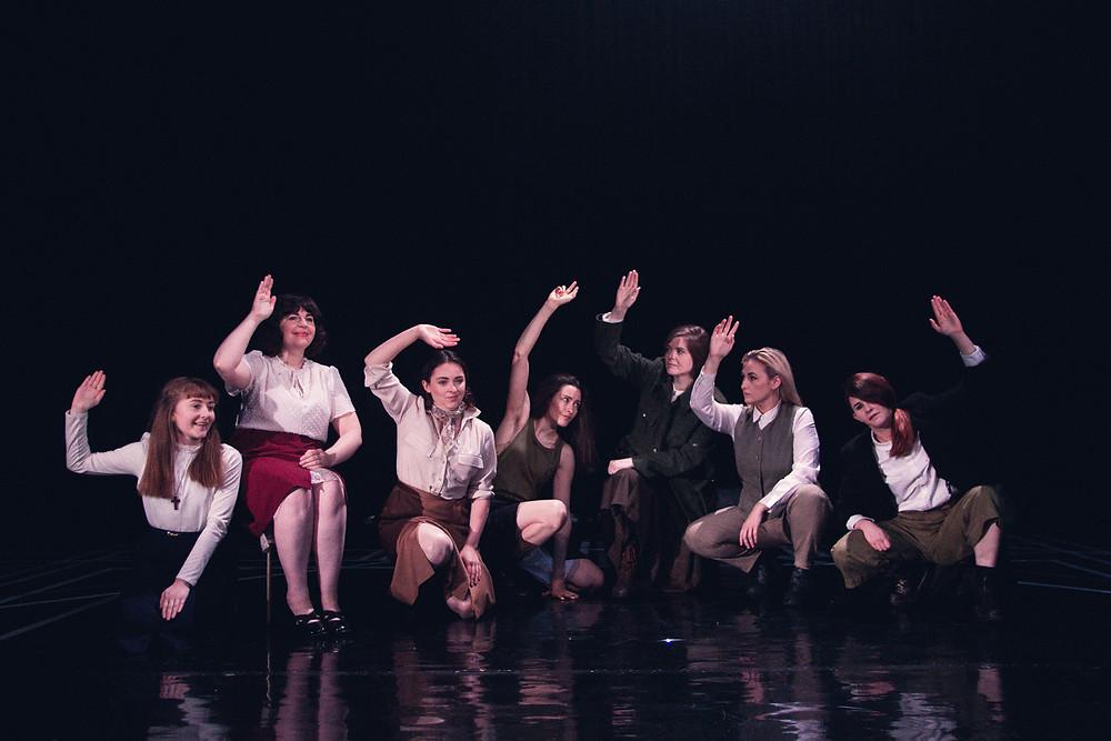 The Roaring Banshees. L-R Laura Brady, Amy Dunne, Clodagh MD, Aoife Spratt, Nessa Matthews, Ali Fox & Aine Ni Laoghaire. Image by Sean Clancy