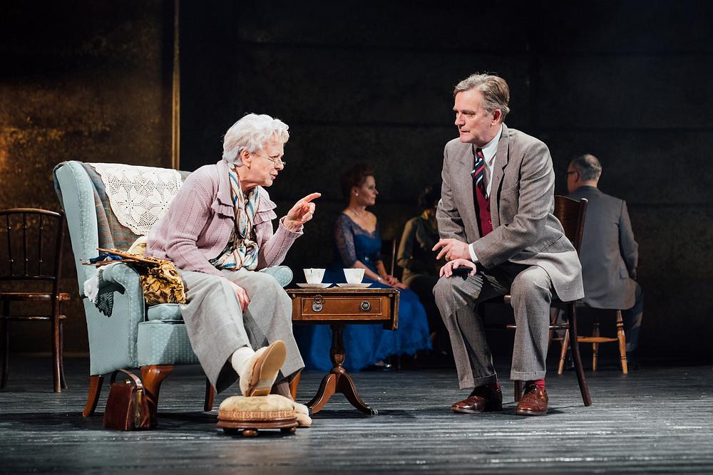 The-Mirror-Crackd-Susie-Blake-and-Simon-Shepherd-Photo-Helen-Murray