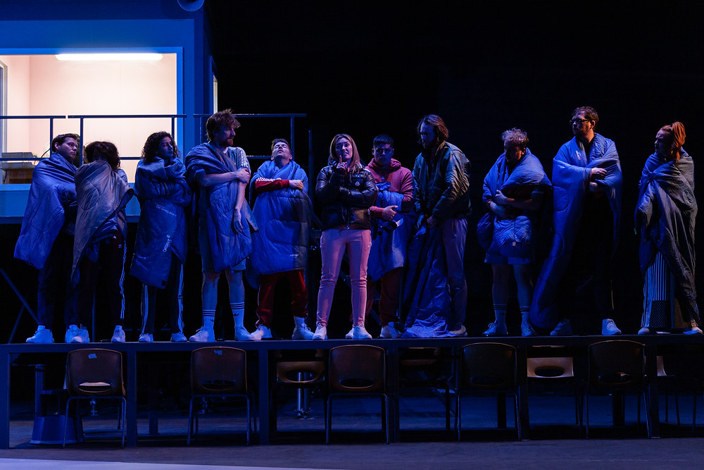 Cast in Abbey Theatre and THEATREclub co-production 'It was easy (in the end)' written by Grace Dyas and directed by Doireann Coady.  Image: Dorje de Burgh. Set & Costume Design: Molly O'Cathain. Lighting Design: Eoin Winning. Choreography: Ruairí Ó'Donnabháin.