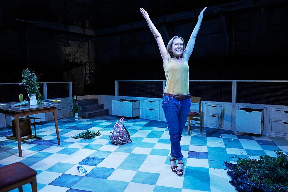 Cathy Belton as Helen in 'Helen and I'