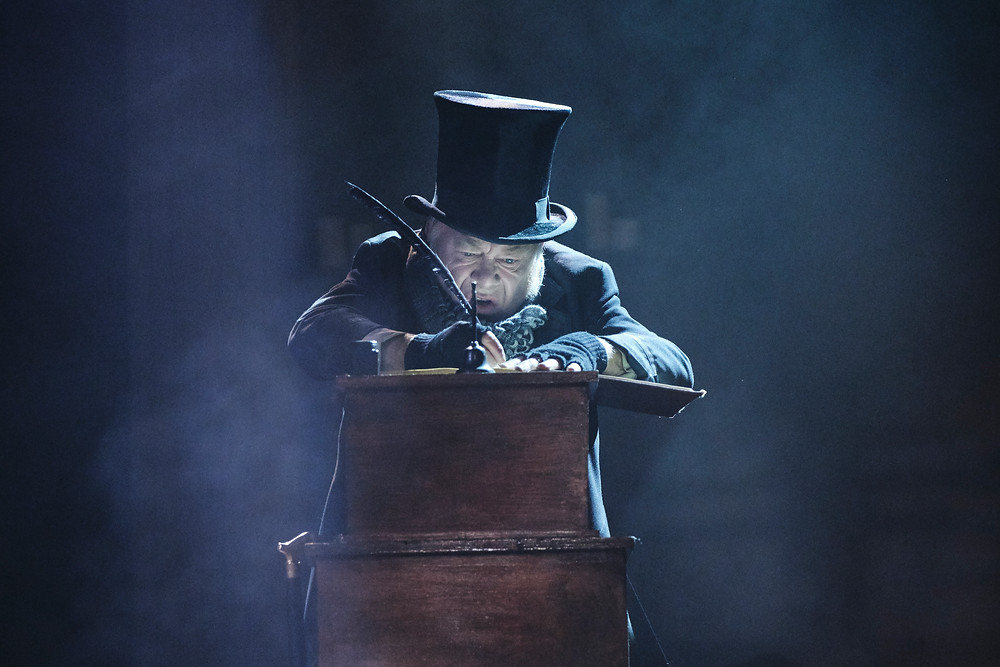 Owen Roe as Ebenezer Scrooge in A Christmas Carol by Charles Dickens in a new version by Jack Thorne. Now at the Gate Theatre Dublin until 18 January. Photo by Ros Kavanagh.
