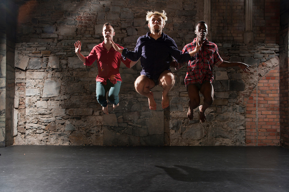 Everything Now by Irish Modern dance Theatre. Photo by Chris Nash