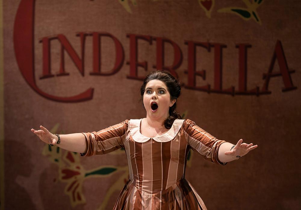 Tara Erraught in Cinderella/La Cenerentola. Image by Pat Redmond.