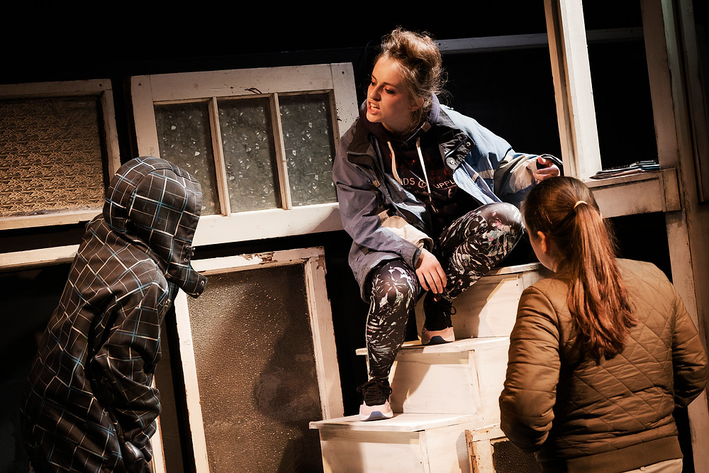 Denise McCormack, Ciara Ivie and Leah Moore in Dublin Will Show You How; an Abbey Theatre and The Complex co-production; image credit Ros Kavanagh