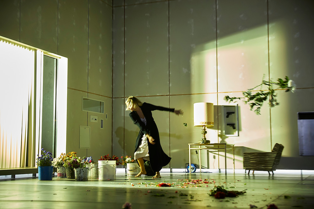 Lizzy Watts (Hedda Gabler) in Hedda Gabler. Photo by Brinkhoff Mögenburg