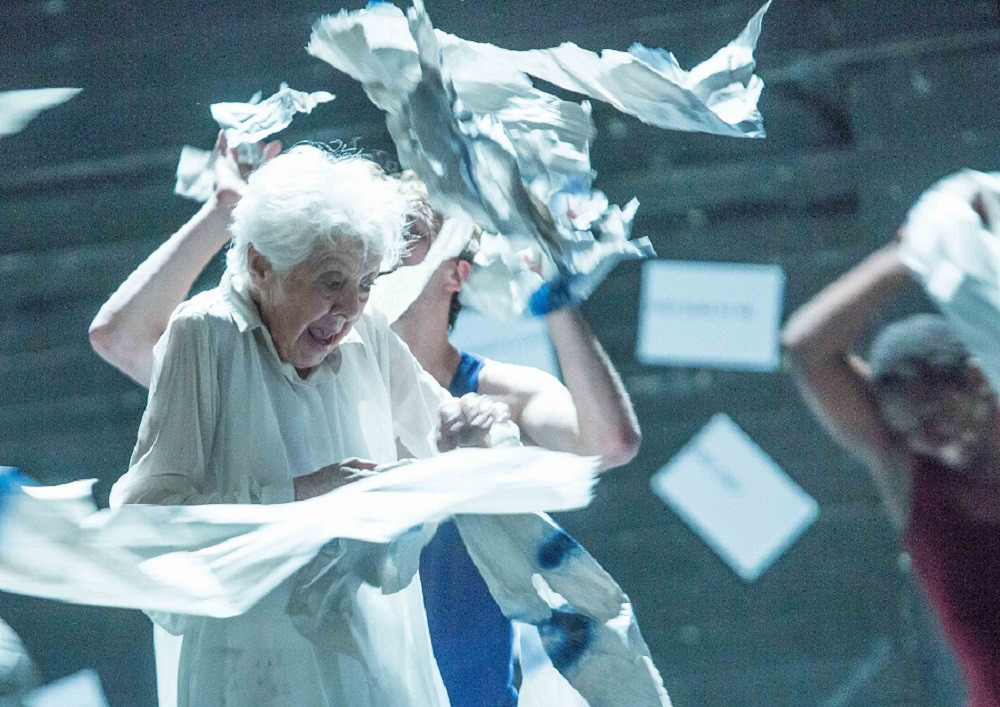 Valda Setterfield in Lear. Photo by Patrick Moore