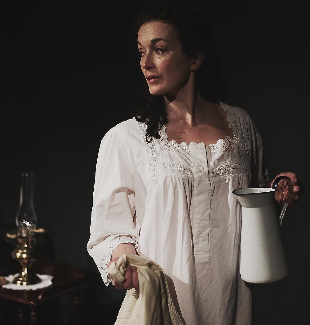 Tara Breathnach in Molly. Photo by Seán Cathal Ó Coileáin