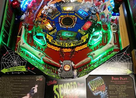 Custom Scared Stiff Pinball Machine 03.jpg