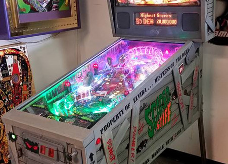 Custom Scared Stiff Pinball Machine 08(1).jpg