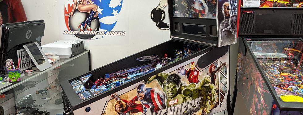 Avengers pinball machine | Stern