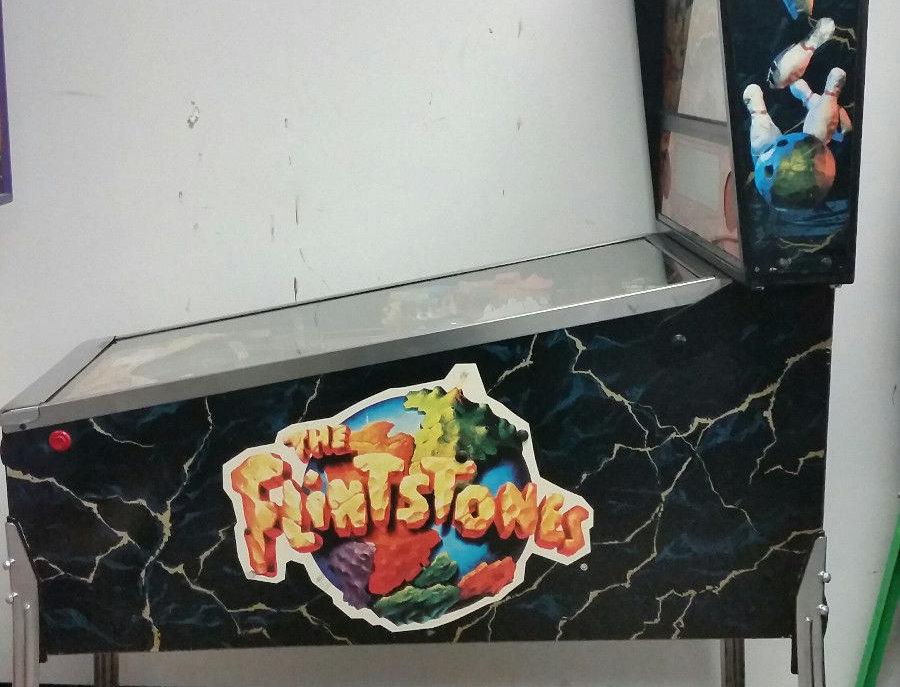 The Flintstones Pinball Machine | Williams